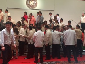 PRESIDENT Benigno Aquino shakes hands with Anda Mayor Dodong Amper during the national convention of the League of Municipalities (LMP in Marriot Hotel> The brief conversation enabled the mayor to personally thank the President for the various projects implemented in his town.